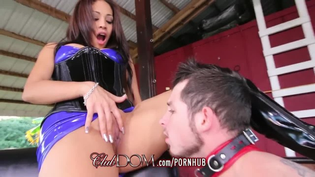 Worship Goddess Jamie Valentine's Ass