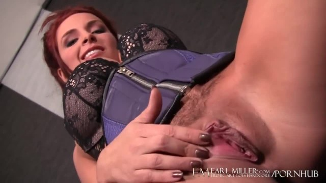 Ashley Graham Works herself to A Frenzy with Sex Toy!