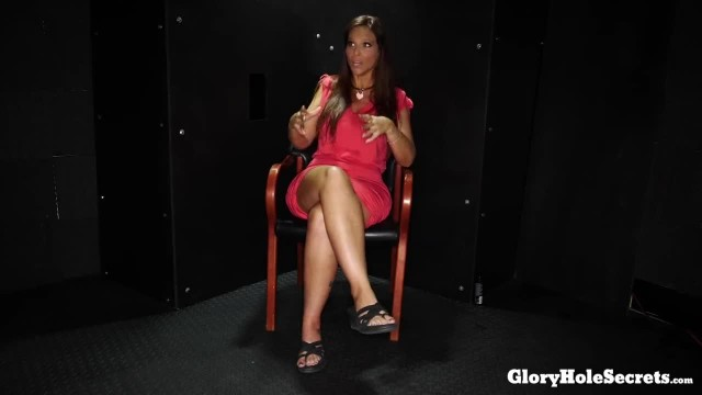 Syren De Mer Tells her past and Sucks Dicks in Gloryhole