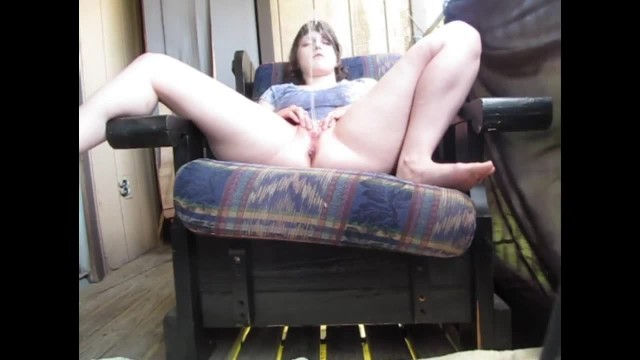 Girl Pissing on herself