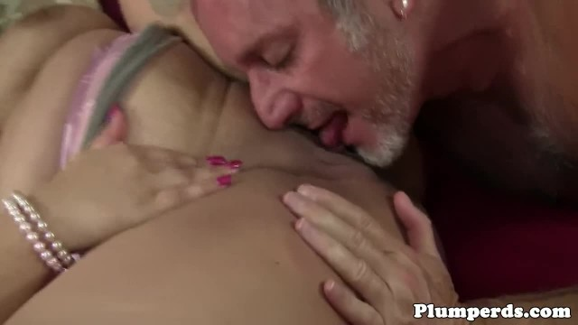 Busty BBW Pussyfucked by Seniors Wang