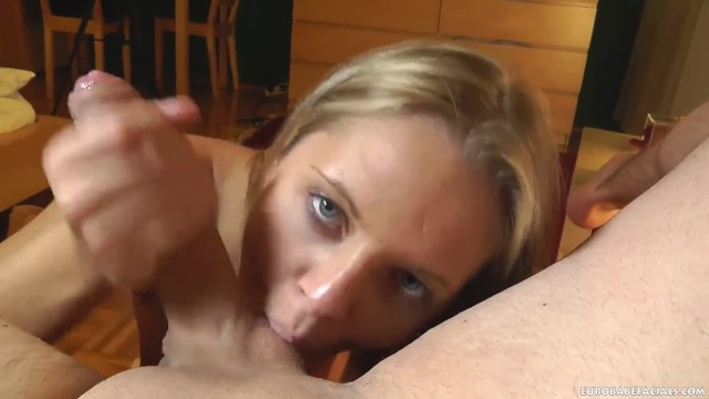Sexy Blonde Amateur gets Plasted in Cum