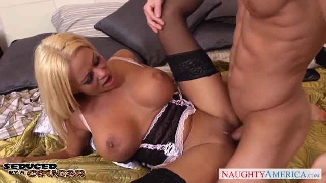 Blonde Cougar Nikita Von James Fucking