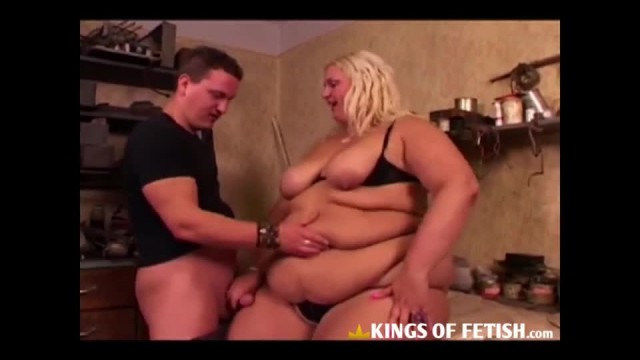 Horny Fat BBW Playing with her Pussy and Riding Cock