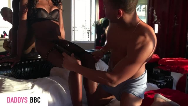 FULL VIDEO - COUPLE MAKES LOVE IN HOTEL