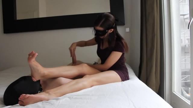 Mistress Sable Masked Feet Worship