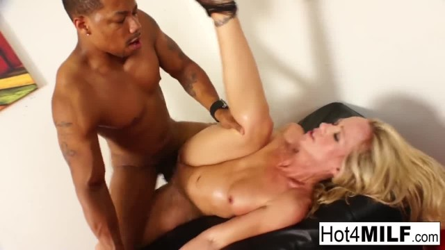 Stripper MILF Receives an Interracial Fucking from a Customer