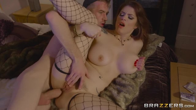 Lucia Love gets Paid for Anal - Brazzers