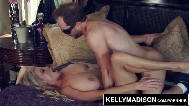 KELLY MADISON Fucked by the Exterminator