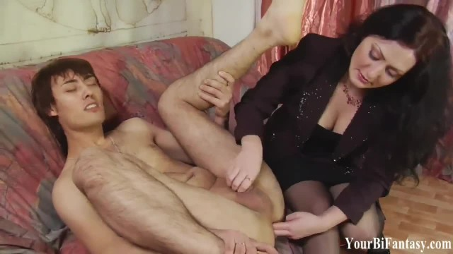 Bisexual Femdom and Cock Sucker Training Vids