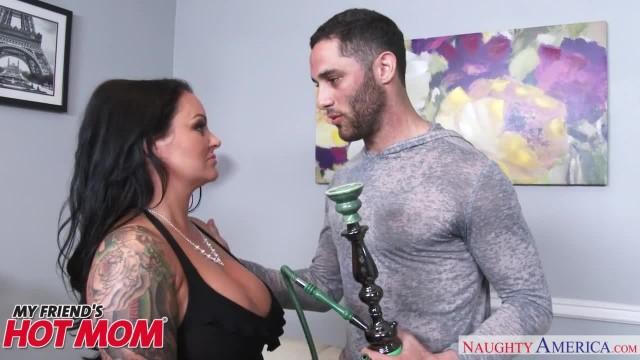 Big Tits, Big Ass MILF Maci Maguire wants Cock! - Naughty America