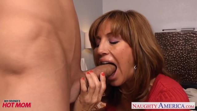 Chesty Mom Tara Holiday Slurps a Big Dick