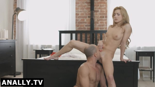 Anally.tv Sonya's Boyfriend Played with her Butt Hole
