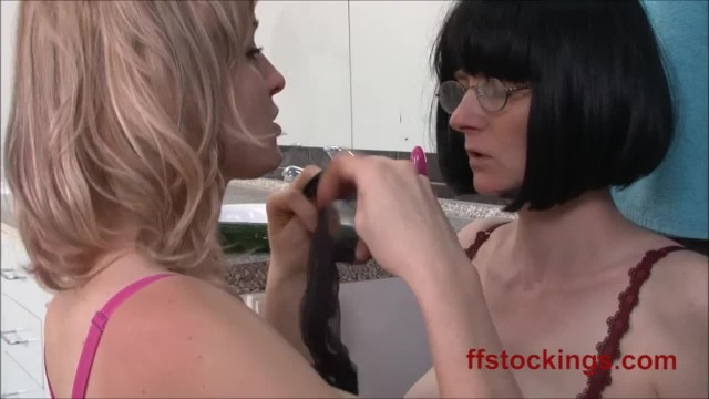 Shameless Lesbians Julia and Sherry in Hardcore Play