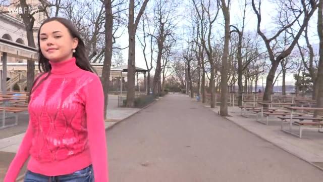 Watch4Beauty | Li Moon | Prague