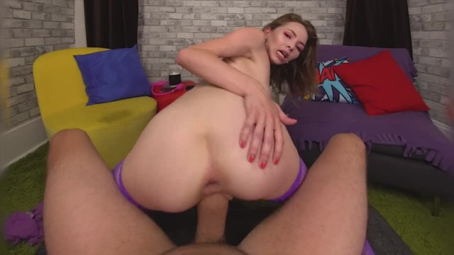 Angel Smalls Opens up her Tight Asshole for you