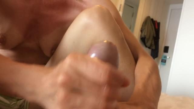 Handjob - Huge Cumshot - Close up