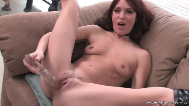 Sexy MILf Fucks her Pussy with Dildo in the Living Room