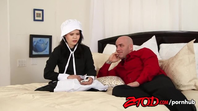 Innocent Yhivi Experience the World of Fucking and Loves it