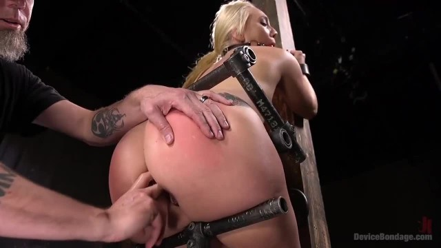 AJ Applegate Submits