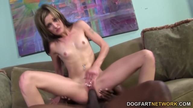 Lia Lynn Robinson tries Black Cock