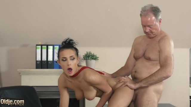 Young Teenager Fucked Hardcore by Big Cock Boris what a Sexy Fuck