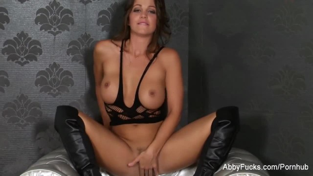 Abigail Mac Works her Wet Pussy