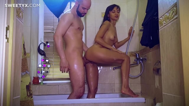 Skinny Amateur Teen gets Fucked in the Shower