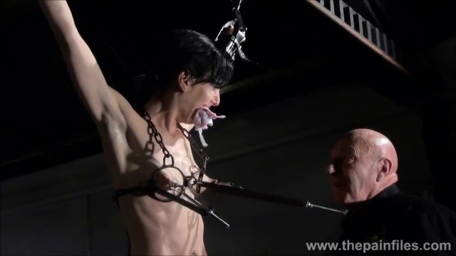 Electro BDSM and Feet Punishment of Slave Elise Graves in Dungeon