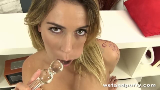 Adorable Blonde Lady in a Super Hot Solo Scene