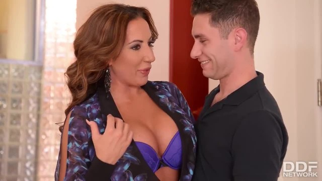 Busty Rich MILF gets a Balls Deep Fuck from her Young Playboy