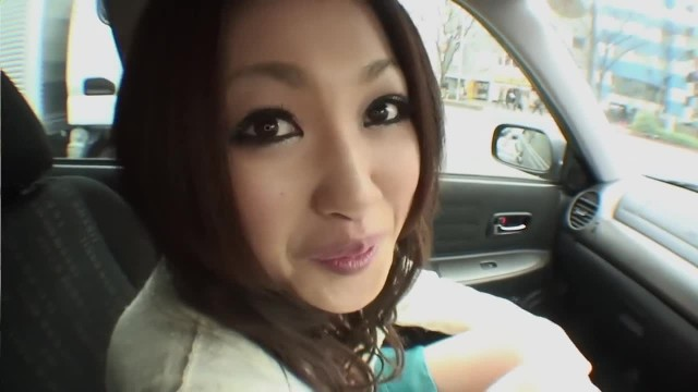 Beautiful Asian Babe Fingering her Twat and Sucking Dick in the Car