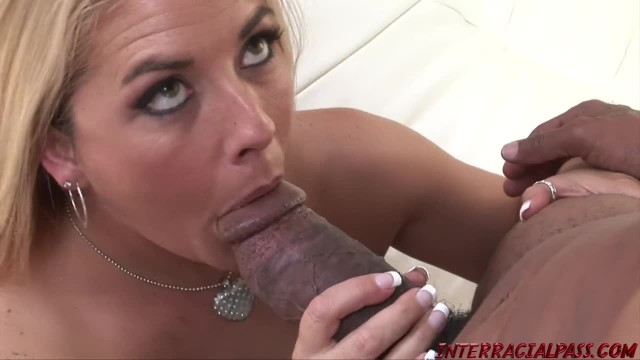 Huge Ass PAWG MILF Joclyn Stone Pounded by BBC Blackzilla