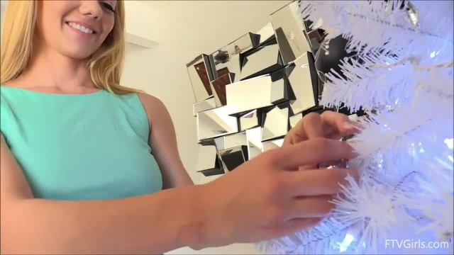 Stunning Blonde Teen Molly Enjoys Anal Pleasure