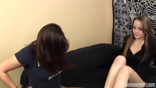 Tren Daisy makes her Foot Worship