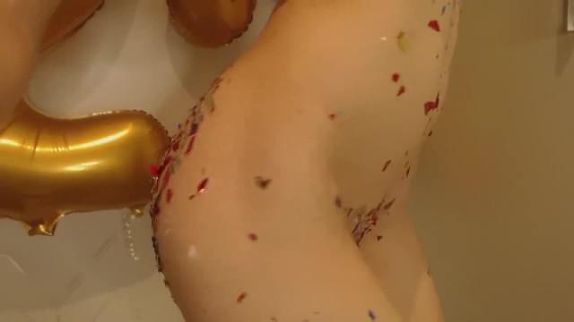 Missalice Confetti Cum