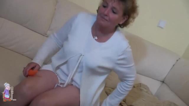 Lesbian Granny Masturbate with Amazing Teen and Sextoy