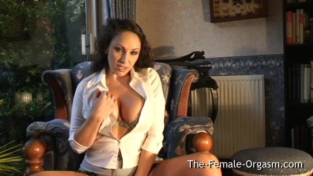 Sultry MILF with Big Tits Masturbates to little Squirt and Pulsating Orgasm