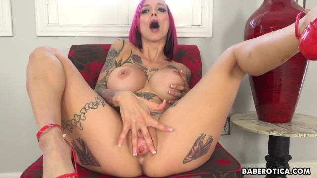 Girl with Fake Tits, Anna Bell Peaks Teasing in 4K