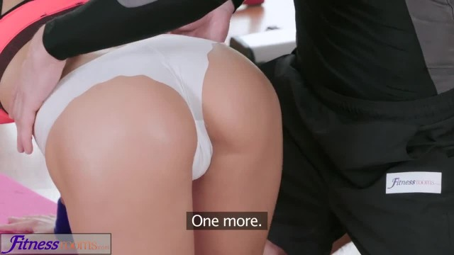Fitness Rooms Asian Beauty Takes Trainer's Cock in her Dripping Pussy