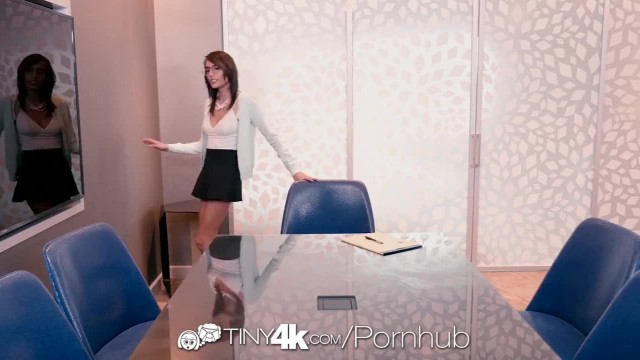 TINY4K Squirt and Spray with Janice Griffith POUNDED