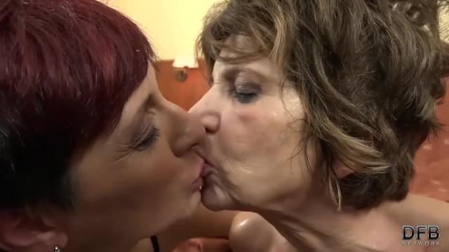 Grannies Swapping Cum