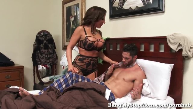Young Guy goes Balls Deep in his own Step-Mom!