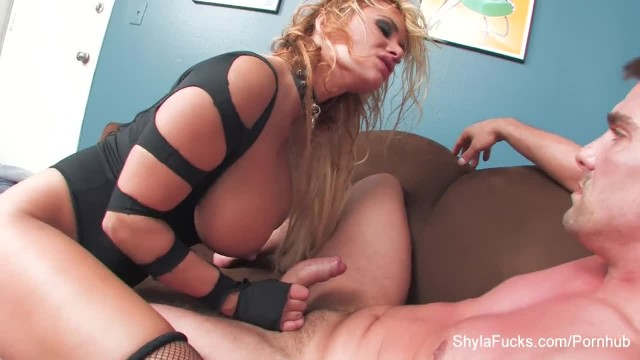 Blonde MILF Shyla gets a Hardcore Fuck and a Facial