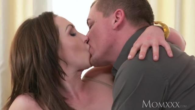 MOM Big Tits Brunette Aussie MILF Takes Big Cock before Squirting Orgasm