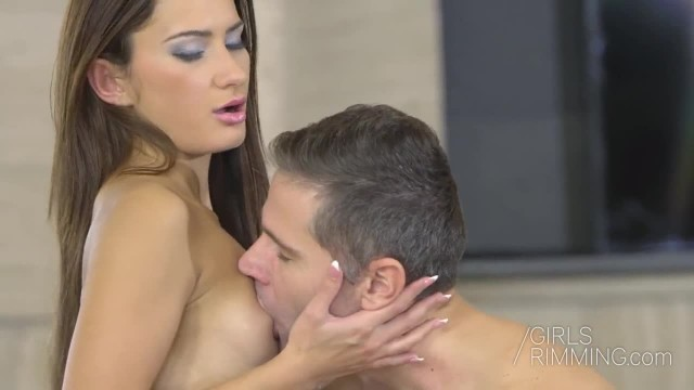 GIRLSRRIMMING - Rimjob Relax with Alexi Star