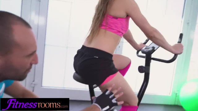 Fitness Rooms Horny Gym Chick Fucks Personal Trainer in Instructional Video