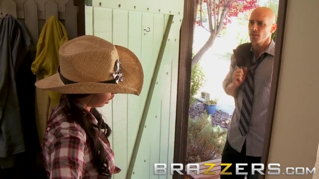 BRAZZERS - Dirty Cowgirl Brandy Aniston needs a Big Dick