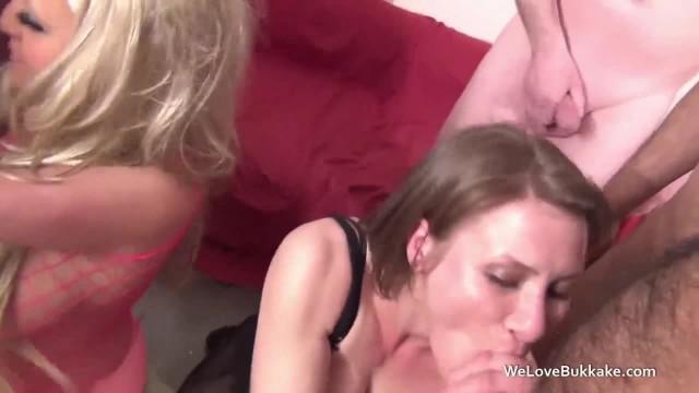 Cum Queens Bambi Blacks and Sarah Steele