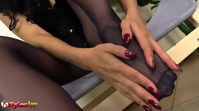 Footjob in Black Pantyhose by Mistress Alexya